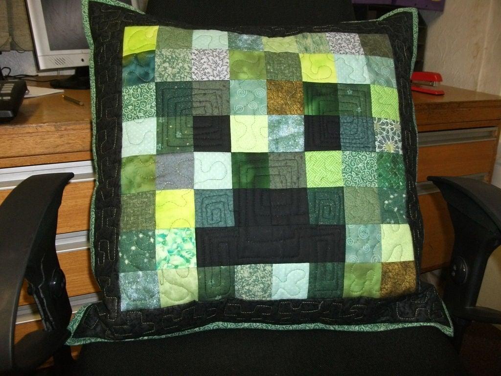 minecraft creeper pillow